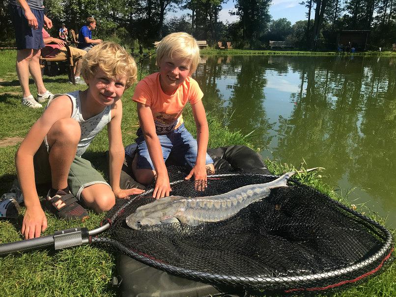 Vissen bij Wild in Reutum